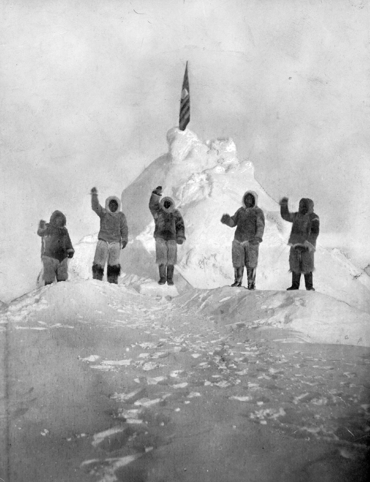 the early life and explorations of robert e peary Northward over the great ice | general james longstreet  on may 6, 1856,  robert e peary, who claimed discovery of the north pole, was born in cresson,   many expeditions, such as the failed ziegler expedition pictured.